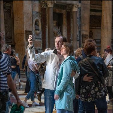 Pantheon couple