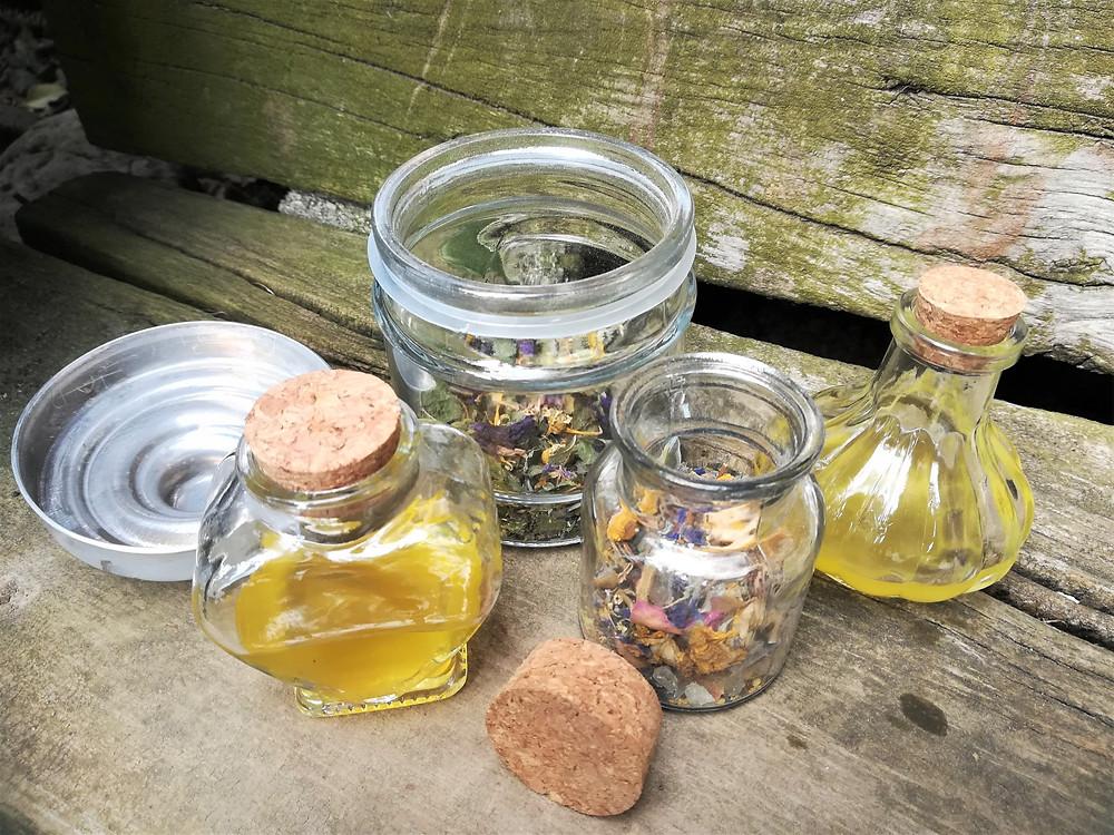 Räuchermischung, Tee und Körperöl