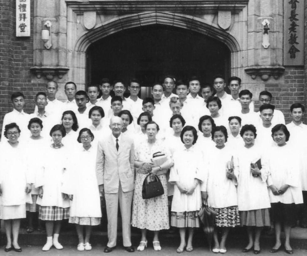 1951_孟格美宣教師與會友_20190508.jpg