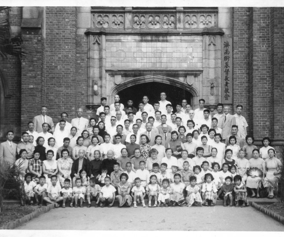 1957_濟南路時期大合照.jpg