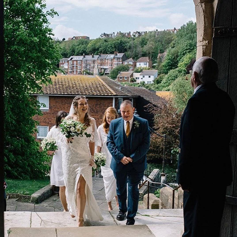 Image by Georgina Piper Weddings.