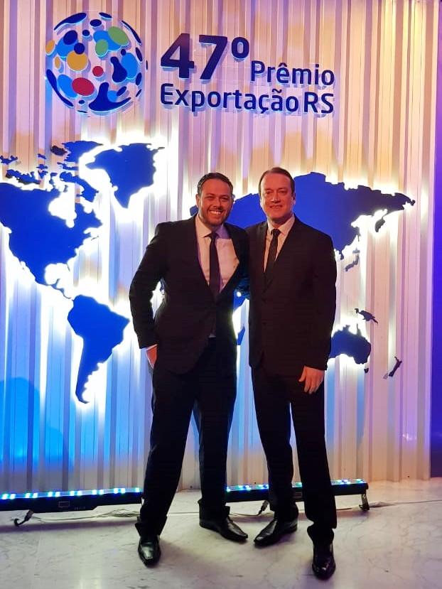 Diretoria da Fante bebidas comemora o Prêmio Exportação RS na categoria Destaque Setorial – Bebidas pelo segundo ano consecutivo.