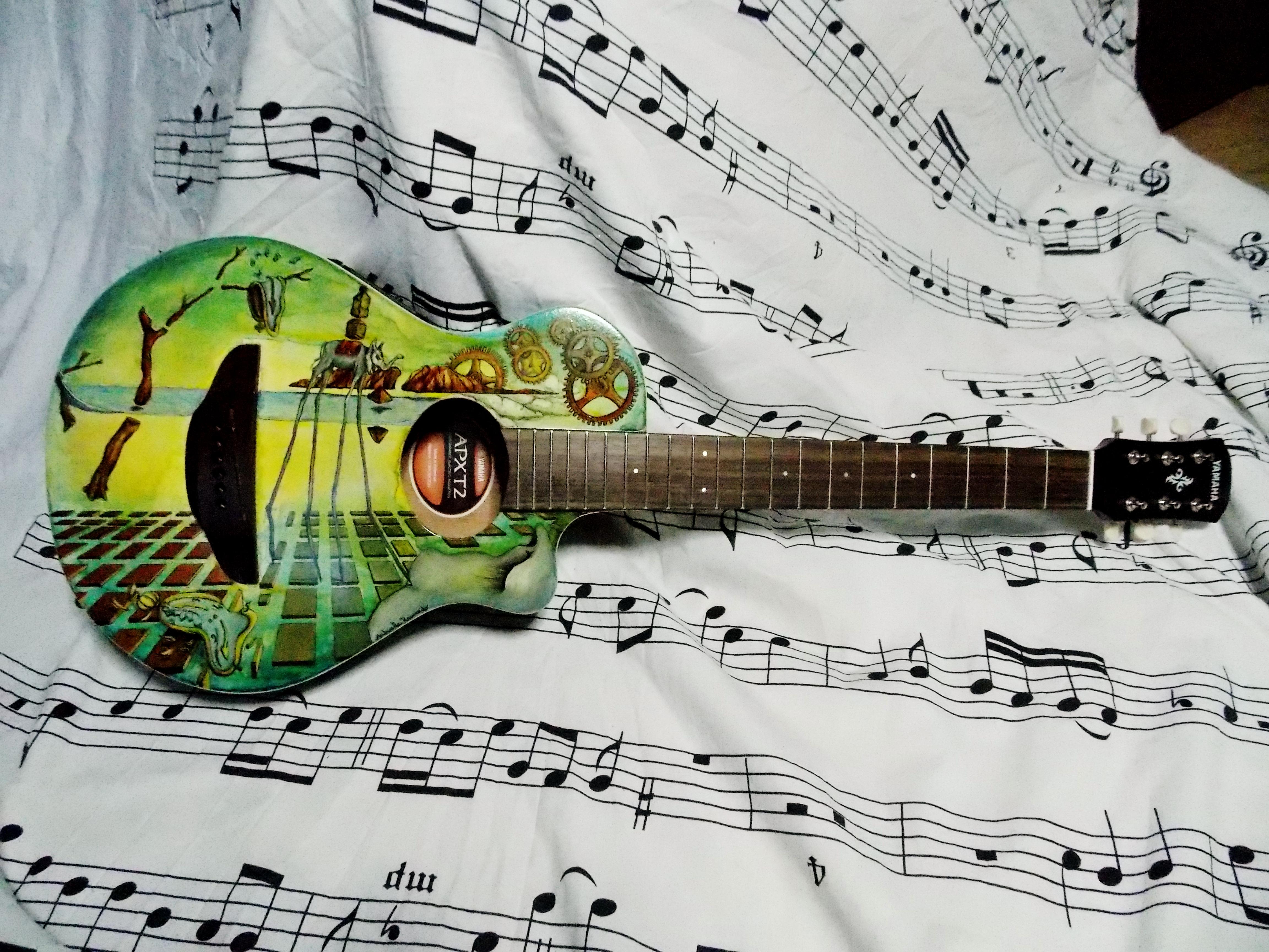 Dali guitar front