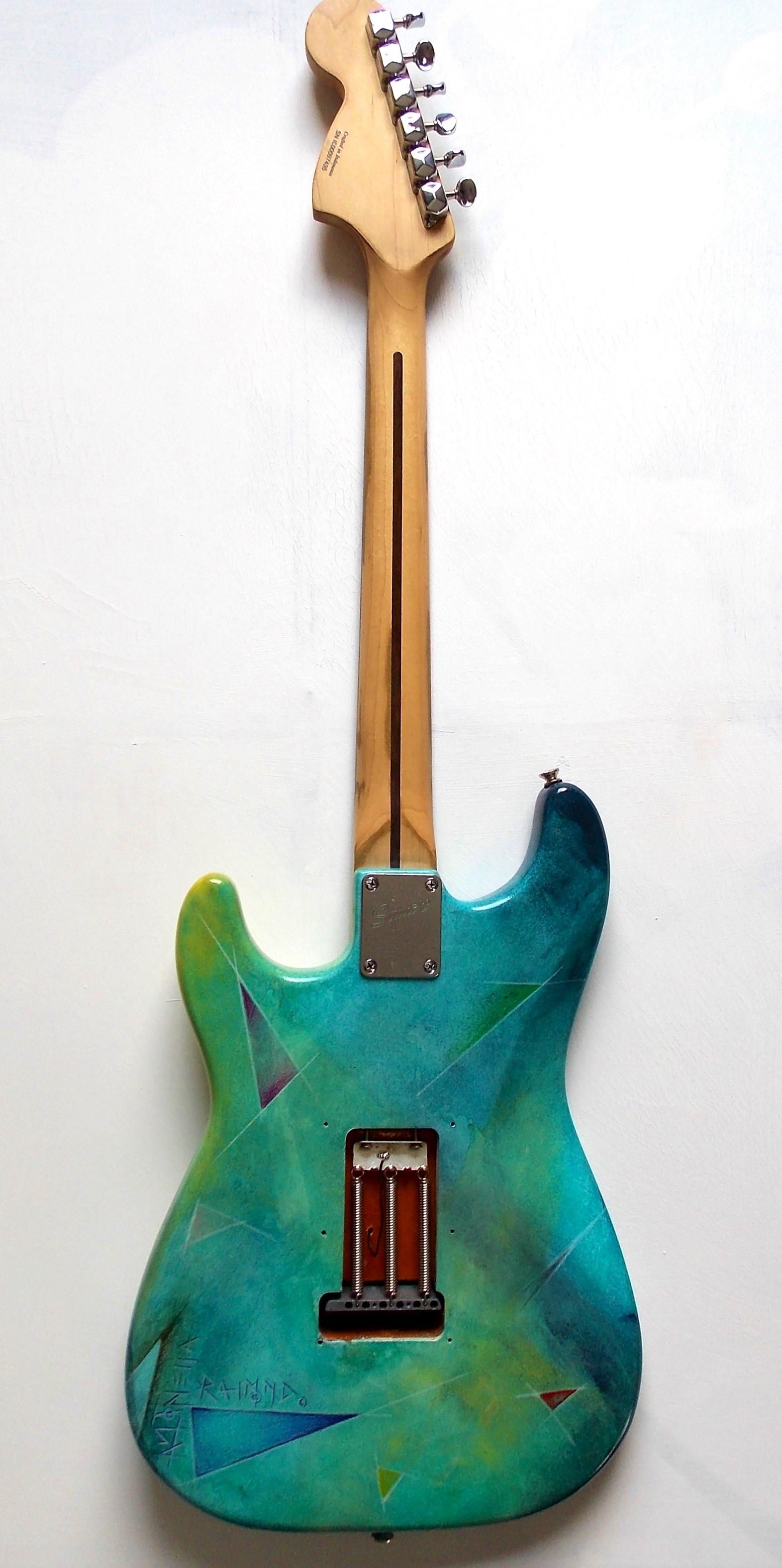 Heart guitar back