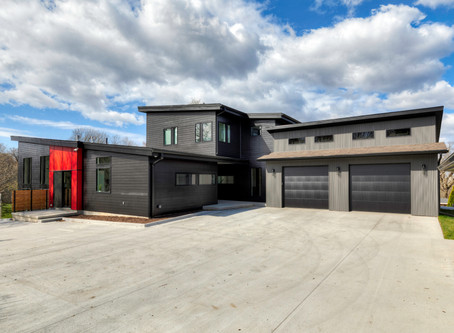 Custom Modern-Industrial Flare Home – Gray's Lake / Druid Hill area of Des Moines, Iowa