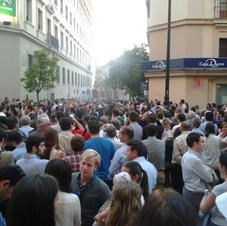 Seville crowds at Easter