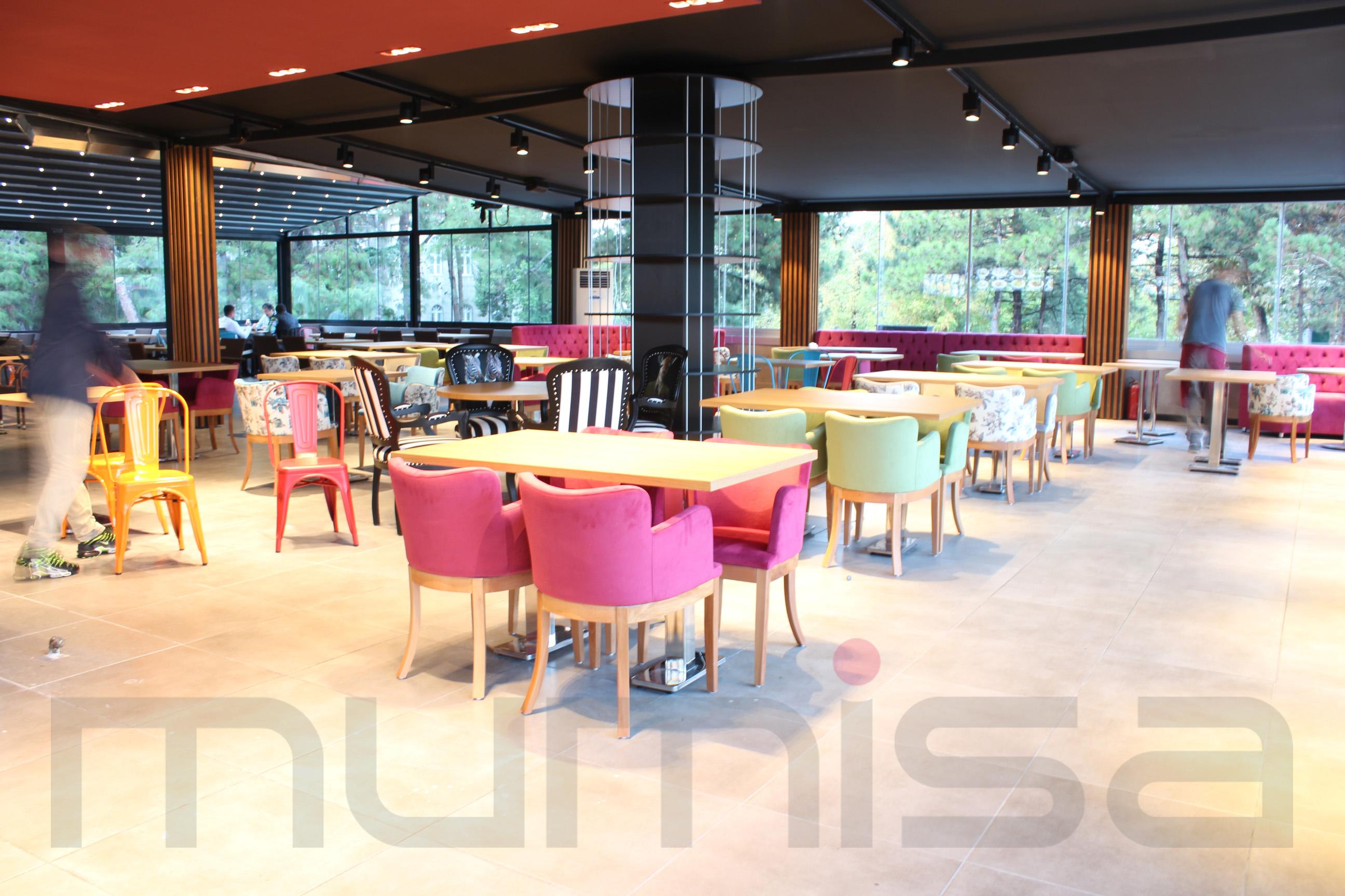 Ahşap Cafe Masaları