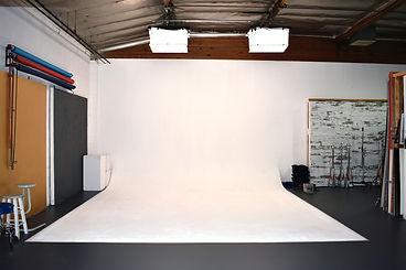 flashaus studio pic 3.jpg