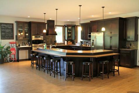 Onyx Creek Estates custom kitchen