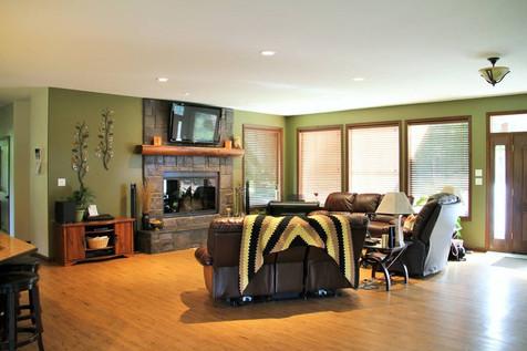 Onyx Creek Estates Living area