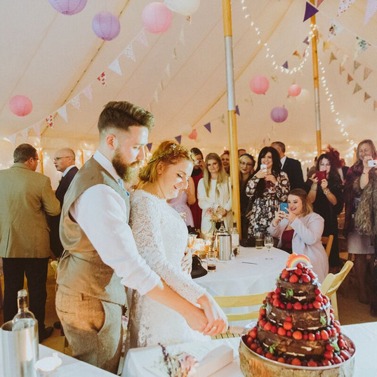 Lanterns, Fairy Lights & Bunting_preview