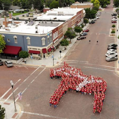 Lindsborg celebrates 150 years with first Living Dala
