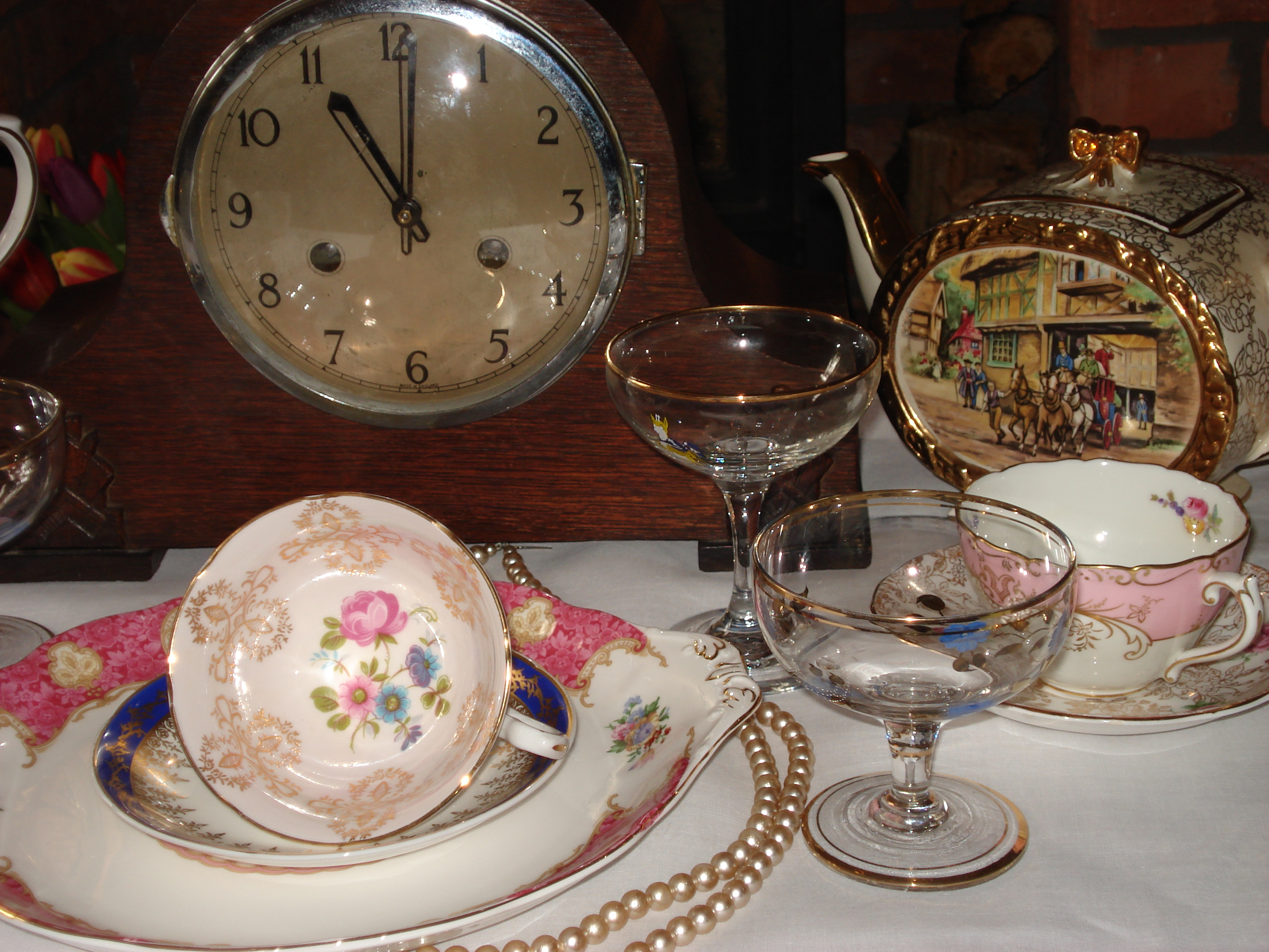 Time for your vintage tea party