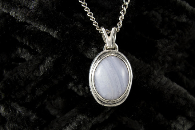 Oval Blue Lace Agate Necklace