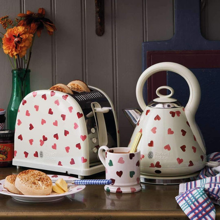 Russell Hobbs and Emma Bridgewater Add Pink Hearts Design to 2020 Collection