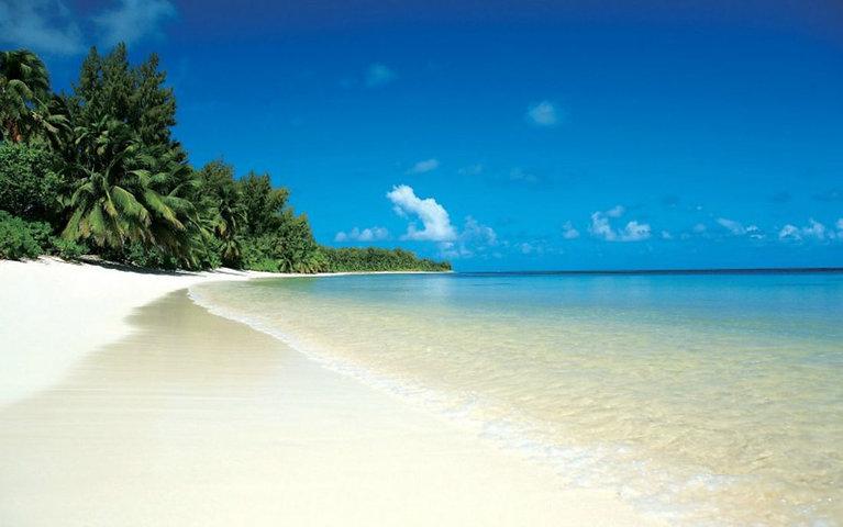 9-ways-you-can-keep-the-beach-clean_1100
