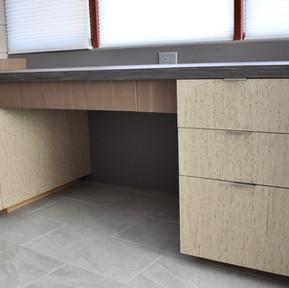 Herr's Desk