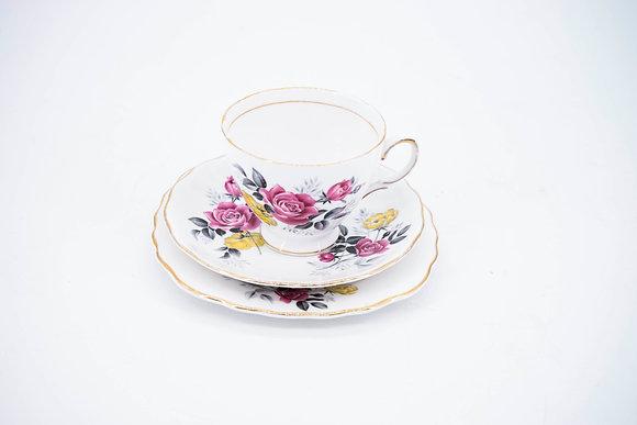"1960's ""Royal Value"" Bone China Tea Cup Set"