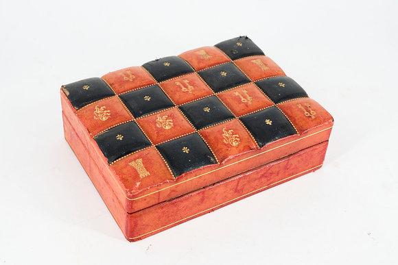 老式木製仿皮 革收納盒