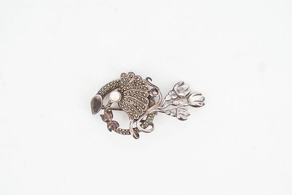 Silver Brooth with Flower Pattern