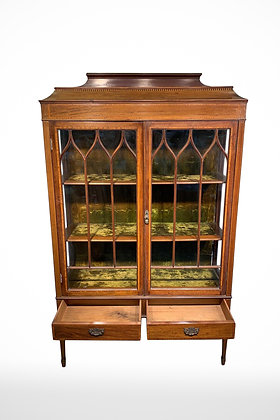 19th Century Jewellry Display Cabinet with Key