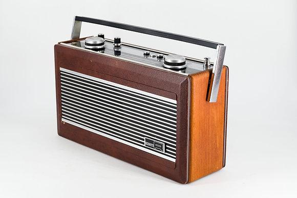 """C1980電台收音機""""R900""""型號"""
