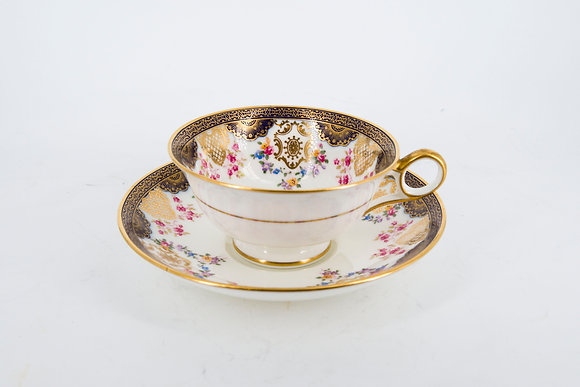 Cauldon 金邊花圖茶杯套裝