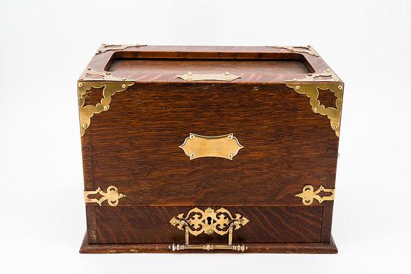18th Century Oak Stationary Box