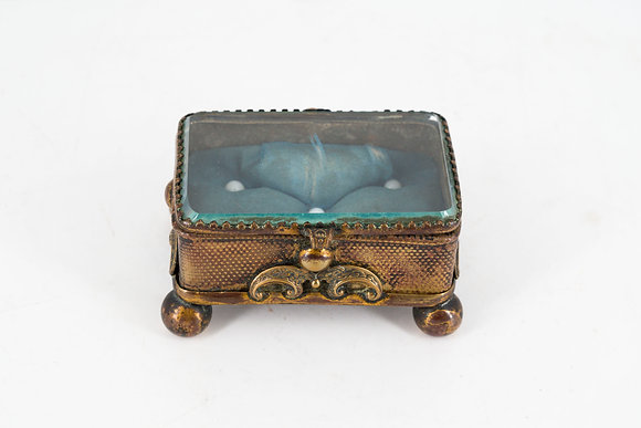 C1880 Victorian Mini Trinket Box
