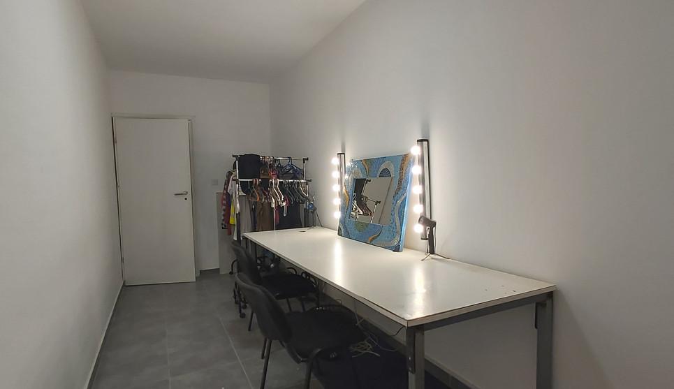 Red Storm Films Studio - Make-up Room.jpg