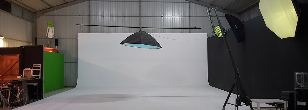 Red Storm Films Studio - 10x10 Infinity White Backdrop Video Photography.jpg