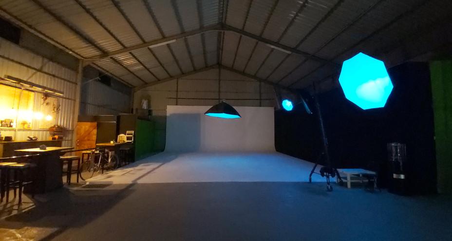 Red Storm Films Studio - Infinity Backdrop Space.jpg