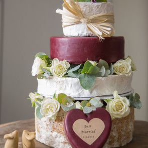 Exquisite_with_Godminster_Wedding_Cheese