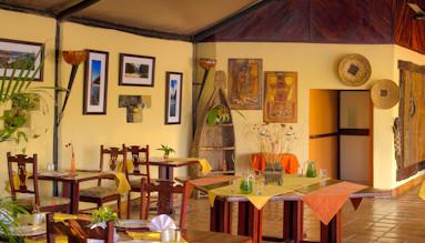Dining Room 2 LR 11.jpg