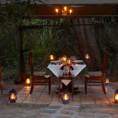 Romantic dinner 2.jpg