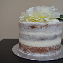 Pretty floral smash cake