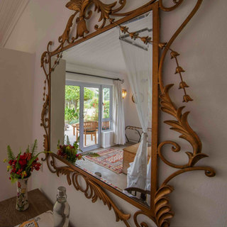 Stylish decor at River Farmhouse, the private safari house at Waterberry Lodge
