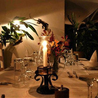 FARMHOUSE DWonderful food, dining outside at night at family friendly, exclusive use River Farmhouse at Waterberry Lodge