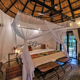 Superking beds, lovely linen, stylish accommodation at Waterberry Lodge, Livingstone