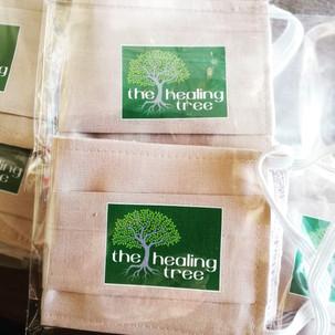 Υφασμάτινες, επαναχρησιμοποιούμενες μάσκες προστασίας για την κοινότητα του The Healing Tree