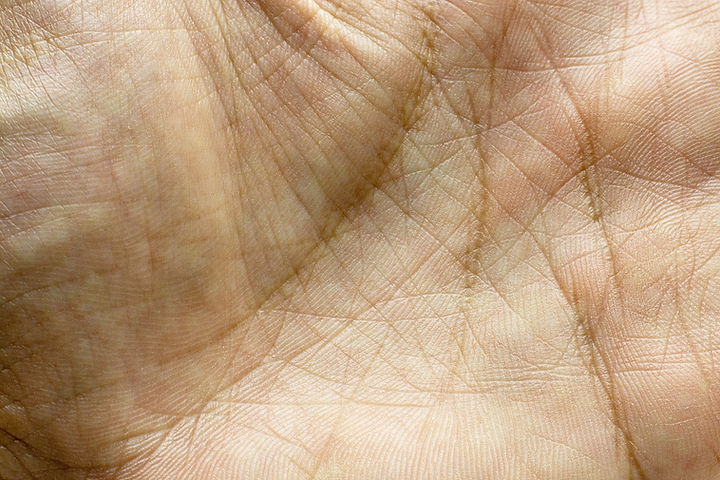 detail-hand-print-skin-human-hand.jpg