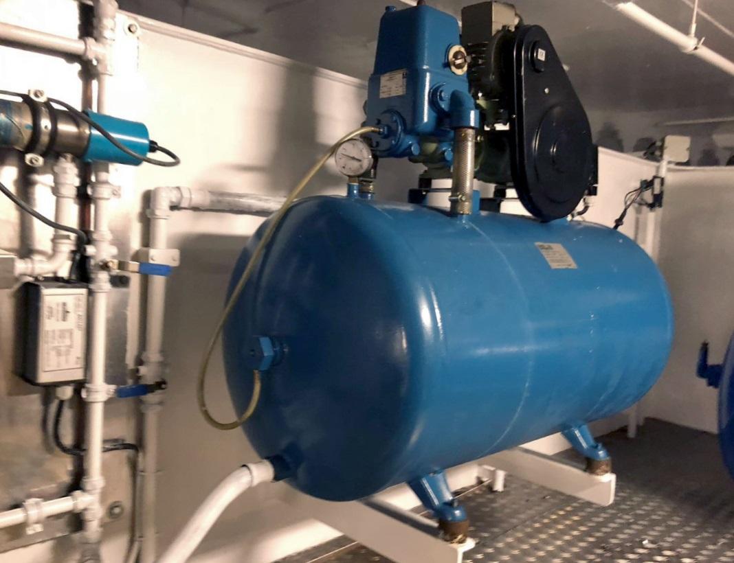 hydrofoor vervangen eiltank