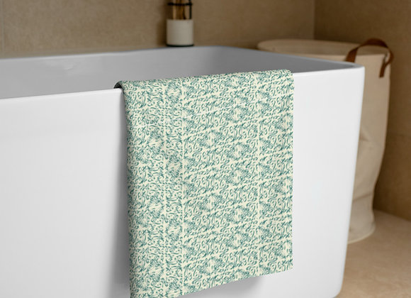 Diamond Scroll Towel in Forest