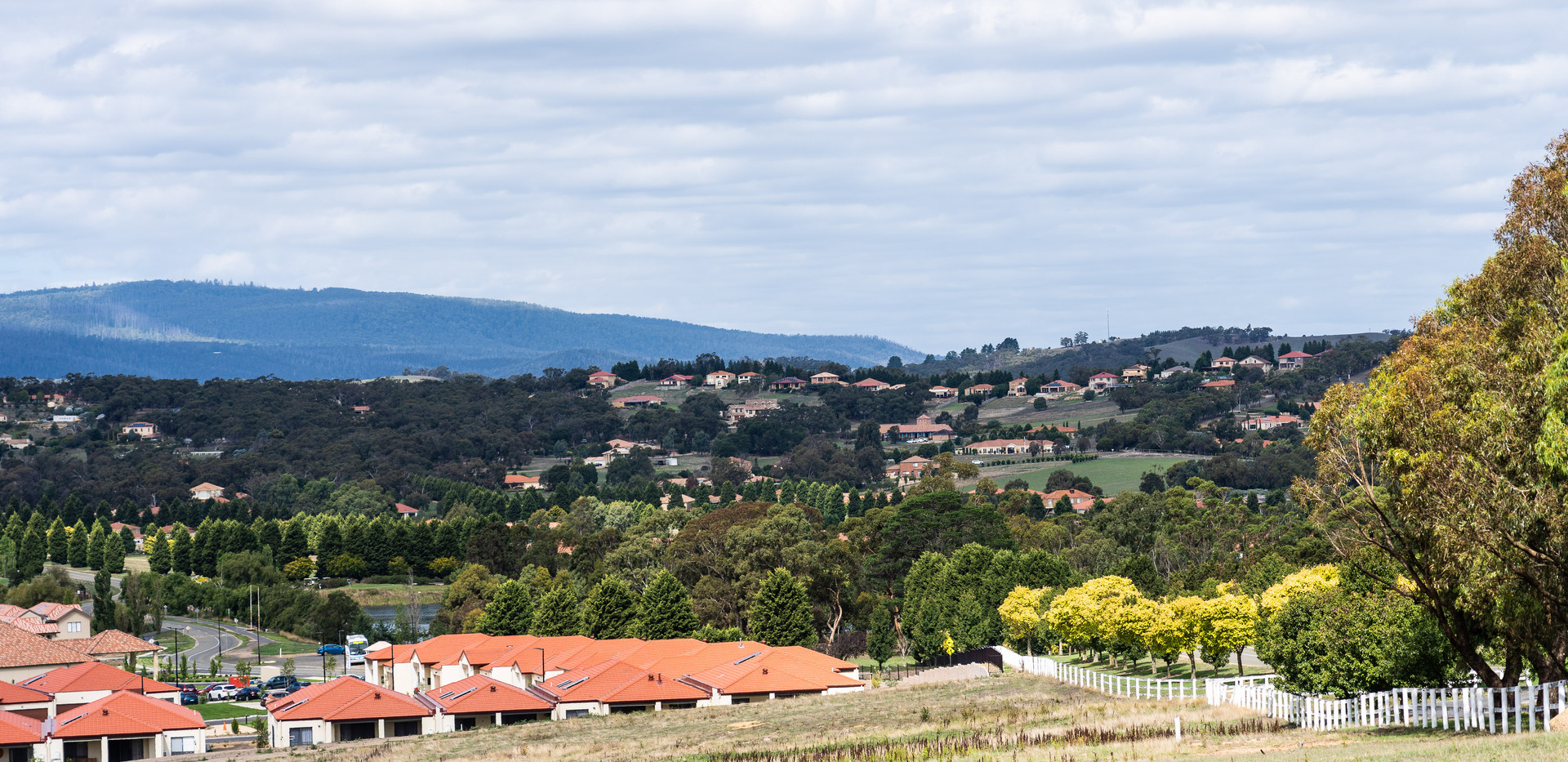 View over the Villas in Hidden Valley where La Dimora Retirement Village is located just 1 hour north of Melbourne