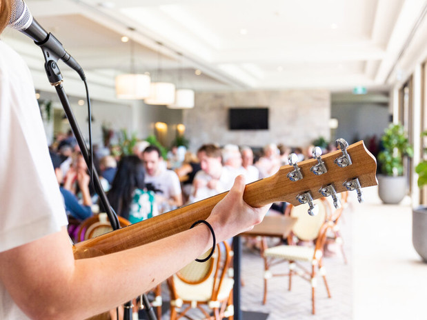 People enjoying the sunday music sessions at The Grove at Hidden Valley resort and country club 1 hour from Melbourne