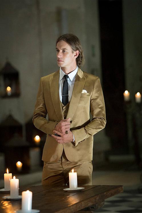 Tripping suit (Traje 3 piezas) en seda dorada