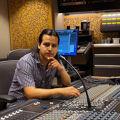 Peru on beats: from Identity dilemmas to songwriting