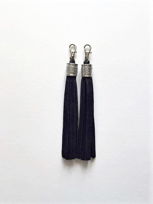 Boot tassels - black suede with collar - 2 options
