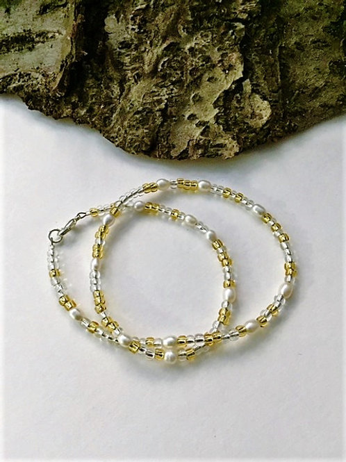 Freshwater pearl and gold & silver seed bead necklace 16""