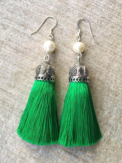 Chunky silky tassel earrings with pearls - emerald green